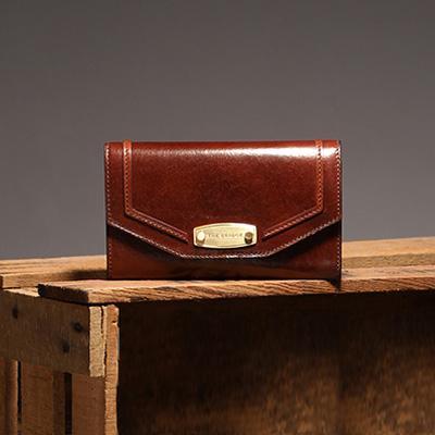 Entdecken Sie hochwertige Designer-Geldbörsen aus Leder auf wardow.com