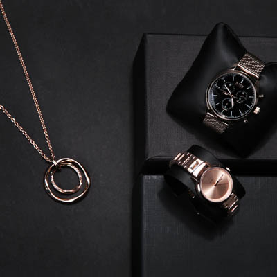 Accessories for every occasion - find watches and jewellery on wardow.com
